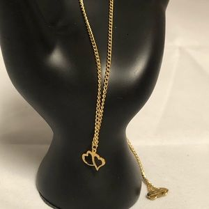 Jewelry - Vintage Gold Tone Hearts Necklace